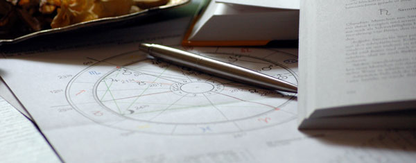 Guia da Alma - Astrologia da Alma - Lua Peregrina - Mapa Astral - Contato - Whatsapp - Telefone