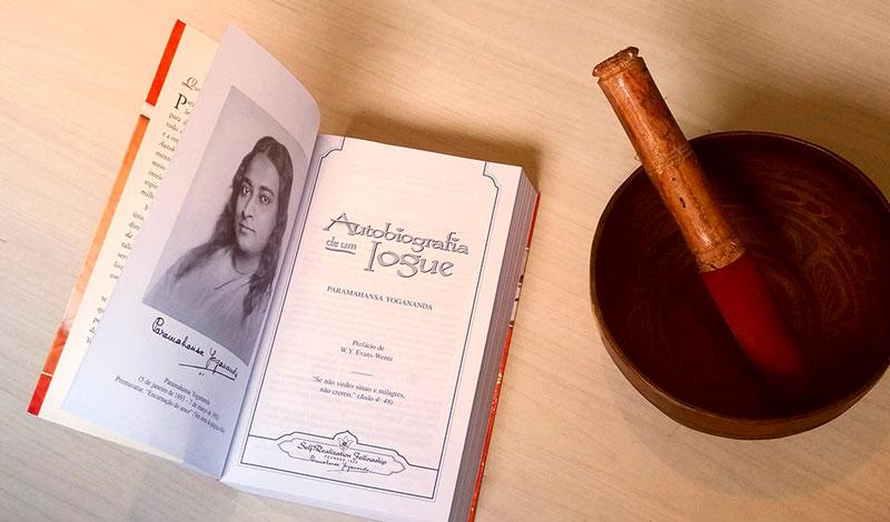 guia-da-alma-autobiografia-de-um-iogue-yogananda-capa-srf