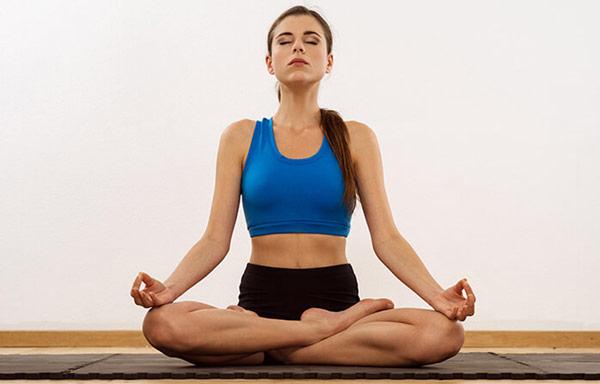 guia-da-alma-chacra-base-Muladhara-yoga-Sukhasana