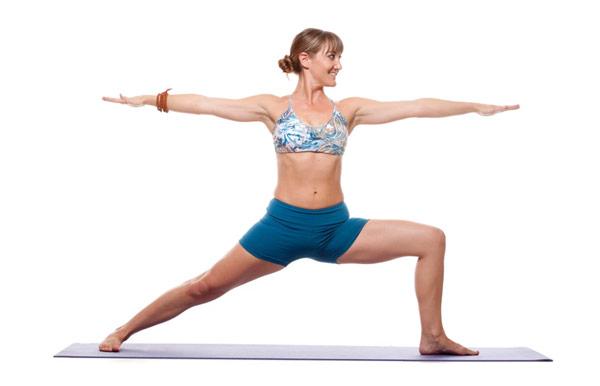 guia-da-alma-chacra-base-Muladhara-yoga-Virabhadrasana-guerreiro-II