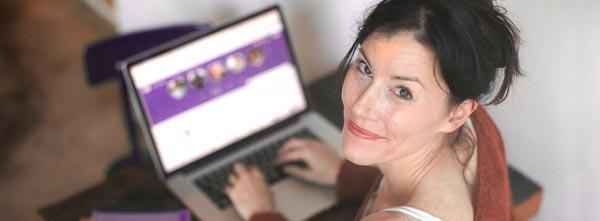 terapeuta holística em atendimento online