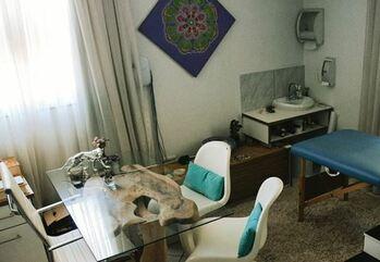 centro-arvore-raiz-florianopolis-sala-atendimento- terapeutico