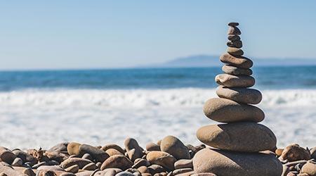 Pedras empilhadas - Propósito de Vida - Paciência no processo