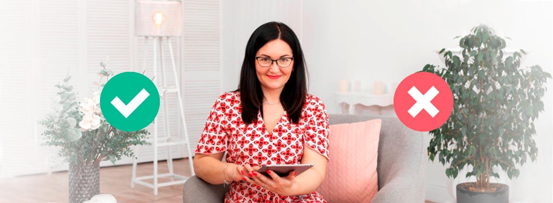 terapeuta em sofá fazendo teste de terapia holística