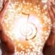 dicas de reiki para iniciantes e terapeutas - foto de mãos aplicando shokurei